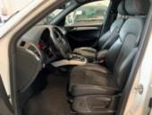 AUDI Q5 3 0 V6 TDI quattro Stronic - Sline