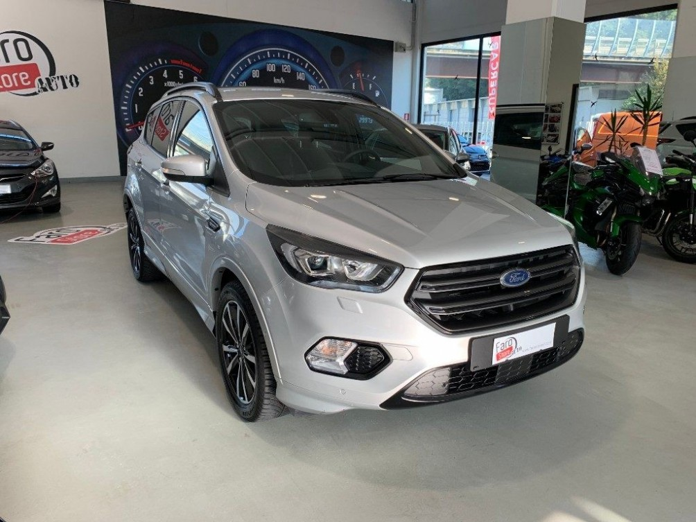 FORD Kuga 2.0 TDCI 150 CV S&S 4WD Powershift ST-Line